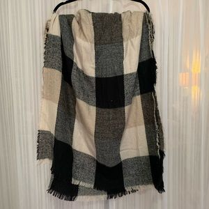 Large plaid rectangle blanket scarf